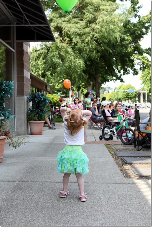 Saturday Farmers Mkt and Redmond Derby Days parade (63)-blog