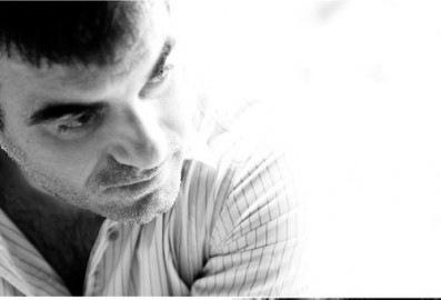 Ο Κώστας Βαξεβάνης μιλάει για την ενέδρα που του έστησαν άγνωστοι στο σπίτι του