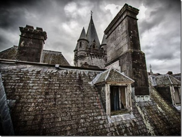 abandoned-castle-belguim-9
