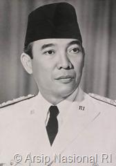Presiden Sukarno, dikenal sebagai pribadi yang berani, patriotisme, dan memiliki semangat besar untuk memerdekakan negeri ini