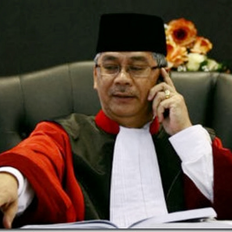 KPK Tangkap Ketua MK Akil Mochtar
