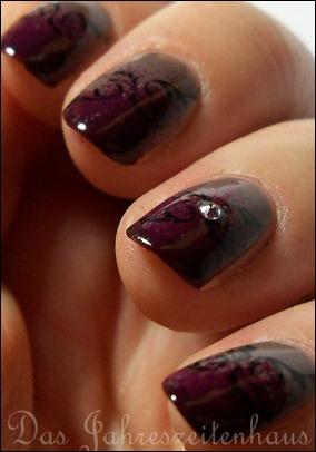 Gothic Nail Design 6