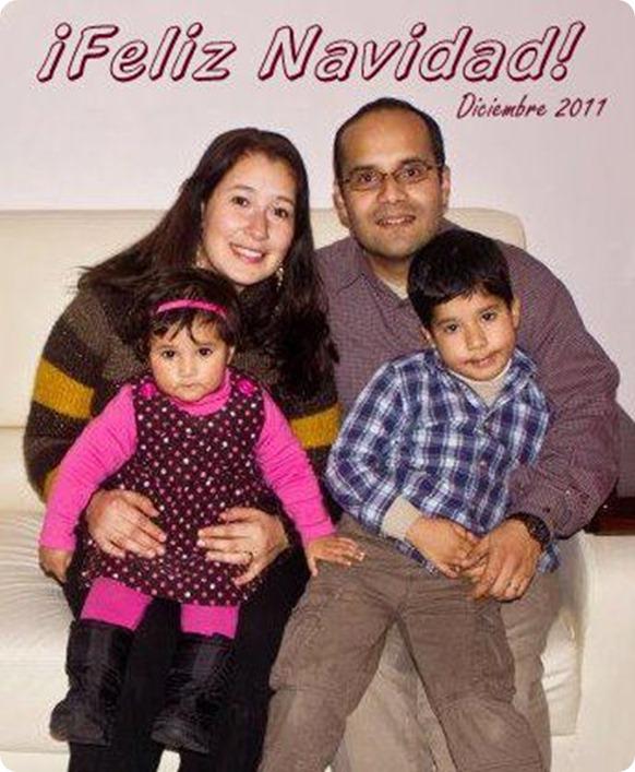 111224 Tarjeta navidad familiar 2011