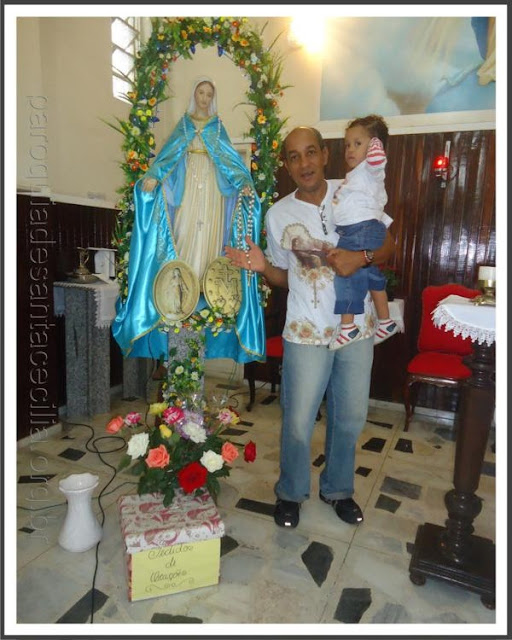 Dia Nsa Gracas -16-2013.jpg