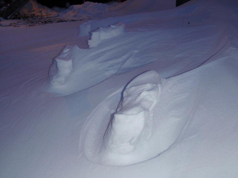 Raised Footprints -04-