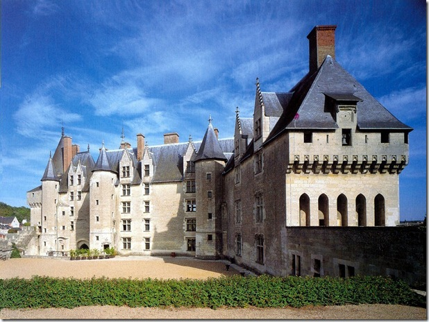 Langeais-sur-Loire-by-Robert-Polidori-wall-TR-1024x768