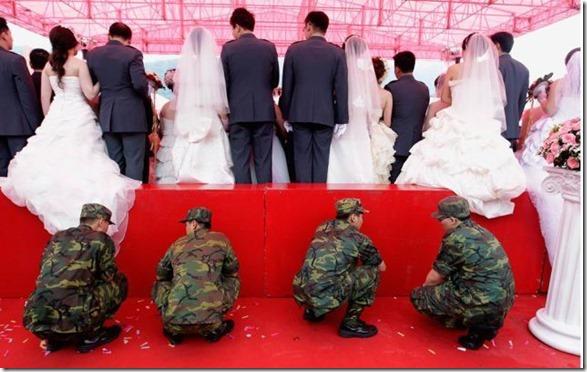funny-wedding-photos-39