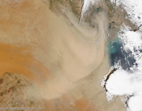 tempestade de areia desbaratinando satelite (1)
