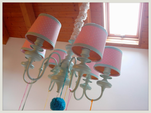 Sisters and dresses lampara reciclada v for Lamparas para buhardillas