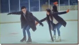 Bike Repair Shop Drops Insanely Cute Hug CF with Nam Ji Hyun and Park Hyung Sik - A Koala's Playground_2.MP4_000065982_thumb[1]