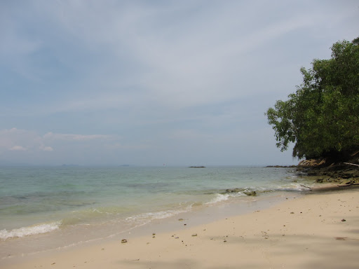 The beach at Mamutik Island located in Tunku Abdul Rahman Park.