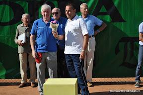 Omaggio all'arbitro di sedia Rino Pellegatta.