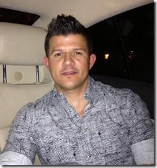 Hombre busca hombre en Contactos Colombia