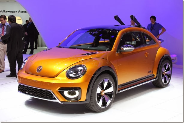 2014-VW-Beetle-Dune-Concept-at-2014-NAIAS-front-quarter