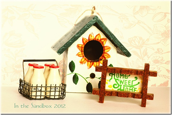 Miniatures bird feeder for web