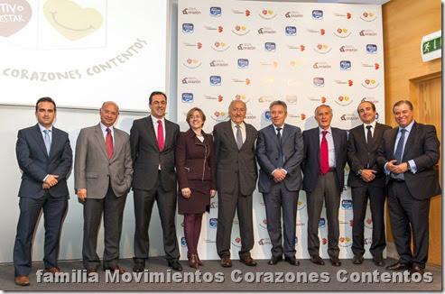Foto familia Movimientos Corazones Contentos