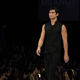 Philippine Fashion Week Spring Summer 2013 Milanos (70).JPG