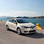 2013-Renault-Fluence-4.jpg