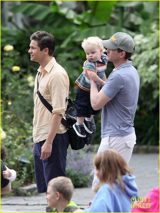 nph-central-park-zoo-with-babies-02