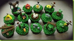 angrybirdscupcakes-550x300