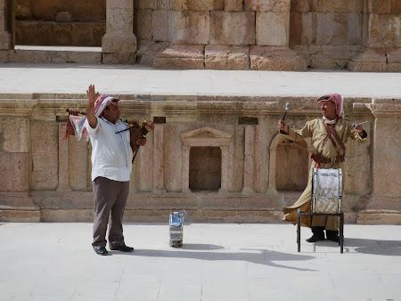 Obiective turistice Jerash Fanfara militara iordaniana