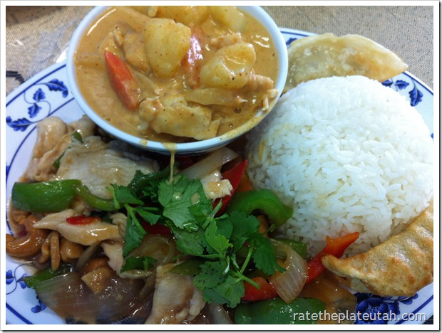 Thai Evergreen Massaman Chicken Curry Cashew