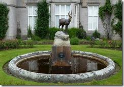 balmoral chamoix fountain