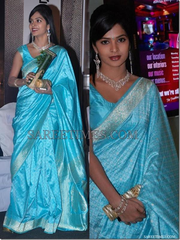 Madhumitha_Blue_Saree
