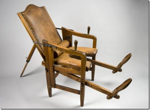 ancient_birthing_chairs_helped_women_during_childbirth_640_10