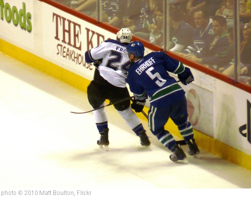 'Ehrhoff vs Frolov' photo (c) 2010, Matt Boulton - license: http://creativecommons.org/licenses/by-sa/2.0/