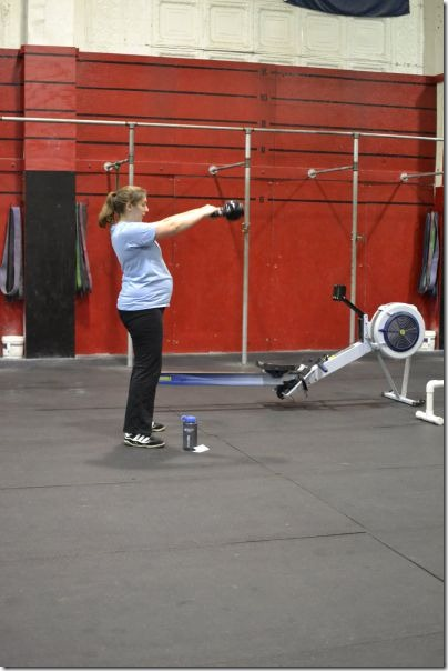 pregnant-workout-exercise-25