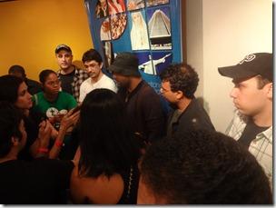 Padre Leandro e integrantes da Banda Shekinah em coletiva de imprensa