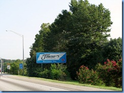 8946 I-75 North, Tennessee Welcome sign