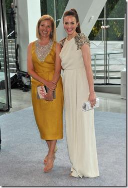 Mandy Moore and Lela Rose