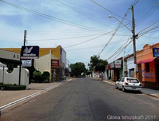 Glória Ishizaka - Guaiçara -  rua 9 de julho