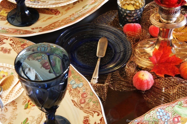 Thanksgiving Tablescapes-Bargain Decorating with Laurie