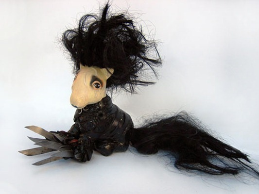 My Little Scissorhands de Mari Kasurinen