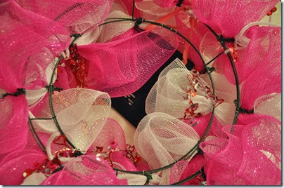 Deco Mesh Wreath Party 11