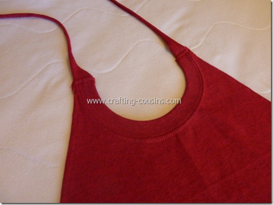 Tee Shirt Cape Tutorial by the Crafty Cousins (1)