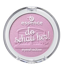 ess_do_schau_her_eyeshadow_02