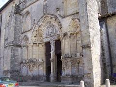 2009.09.03-045 portail de la collégiale