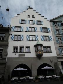 102 - Zunfthaus zur Haue.JPG