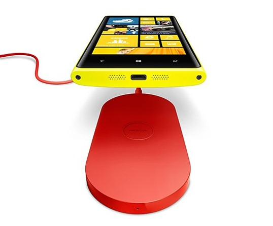 Nokia Lumia 920 dock