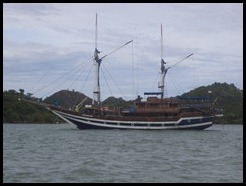 Indonesia, Labuan Bajo, 7 January 2013 (2)