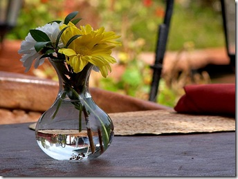 Flowers_tables_vase