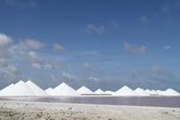 Snow on Pyramids
