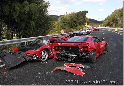 Ferrari kemalangan 4