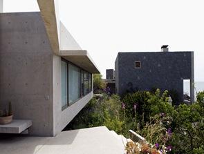 fachada de hormigon casa de playa en chile