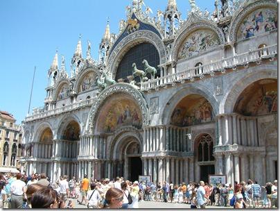 Venice_-_Basilica_San_Marco