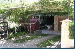 yard_entrance_03